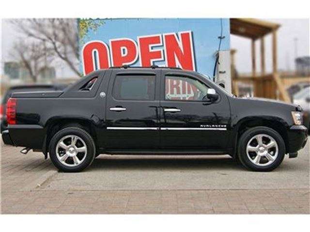 2013 chevrolet avalanche ltz black diamond rare low km navi sunroof in. Cars Review. Best American Auto & Cars Review