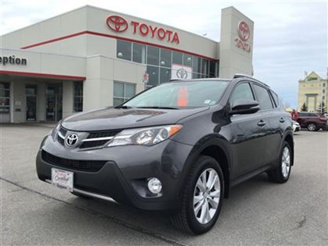 2015 TOYOTA RAV4 Limited Leather Nav Low KM in Bowmanville, Ontario