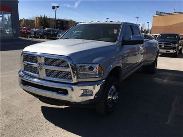 2017 ram 3500 laramie 4wd dually leather seats nav silver southridge chrysler dodge jeep. Black Bedroom Furniture Sets. Home Design Ideas