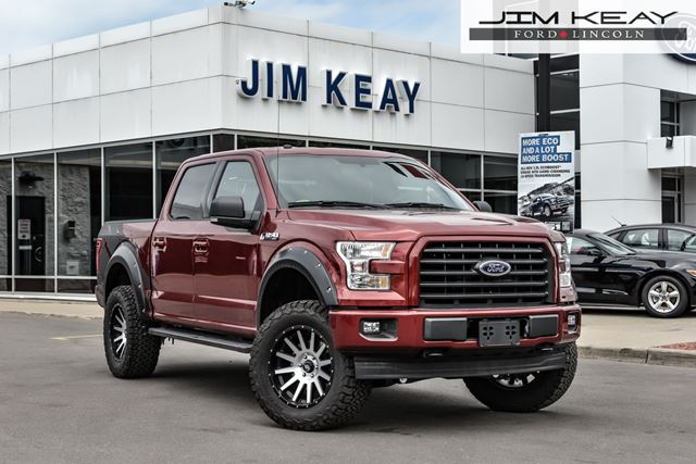 2017 FORD F-150 XLT SuperCrew 5.5-ft. Bed 4WD SuperCrew 5.5-ft. in Ottawa, Ontario