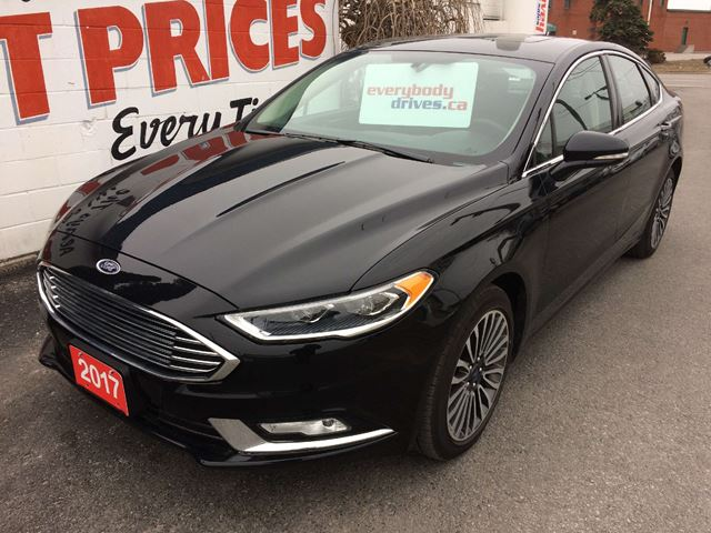2017 FORD FUSION SE ALL WHEEL DRIVE, LEATHER INTERIOR, SUNROOF in Oshawa, Ontario