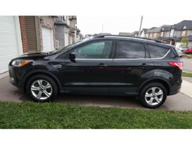 2015 ford escape se awd with winter package mississauga ontario used car for sale 2740240. Black Bedroom Furniture Sets. Home Design Ideas