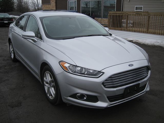 2015 ford fusion se certified vars ontario used car. Black Bedroom Furniture Sets. Home Design Ideas