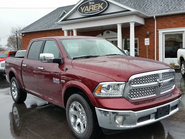 2017 dodge ram 1500 laramie 4x4 leather heated vented seats nav back up cam paris ontario. Black Bedroom Furniture Sets. Home Design Ideas