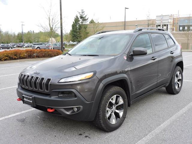 2016 JEEP CHEROKEE Trailhawk in Langley, British Columbia