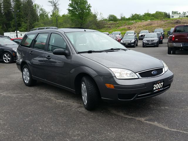 2007 ford focus se wagon automatic ottawa ontario. Black Bedroom Furniture Sets. Home Design Ideas