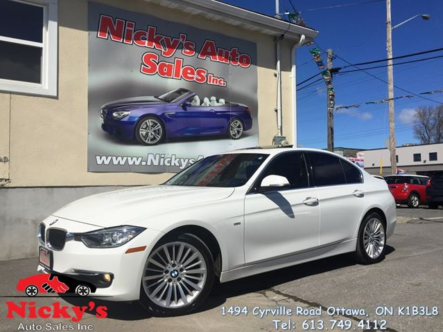 2013 BMW 3 Series 328 AWD, LUXURY LINE, SUNROOF, XENON, ACCIDENT FREE! ONLY 53KM! $0 DOWN $178 BI-WEEKLY! in Ottawa, Ontario