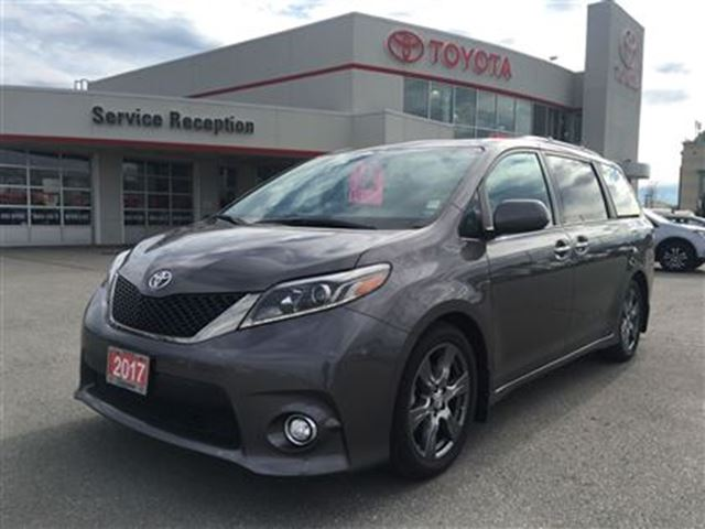 2017 TOYOTA SIENNA SE SOLD!SOLD! DVD SUNROOF Ext Warranty in Bowmanville, Ontario