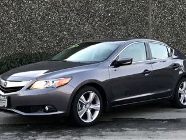 2014 ACURA ILX Tech at LOW KMS!!! in North Vancouver, British Columbia