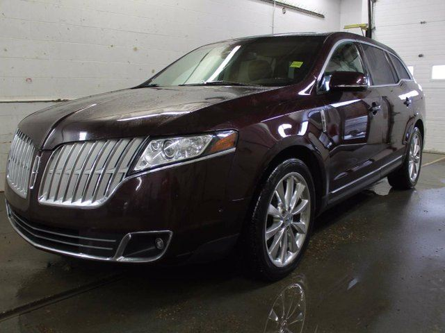 2011 LINCOLN MKT EcoBoost AWD - SUNROOF - LEATHER - REAR BACK UP CAMERA - HEATED & VENTILATED SEATS in Edmonton, Alberta