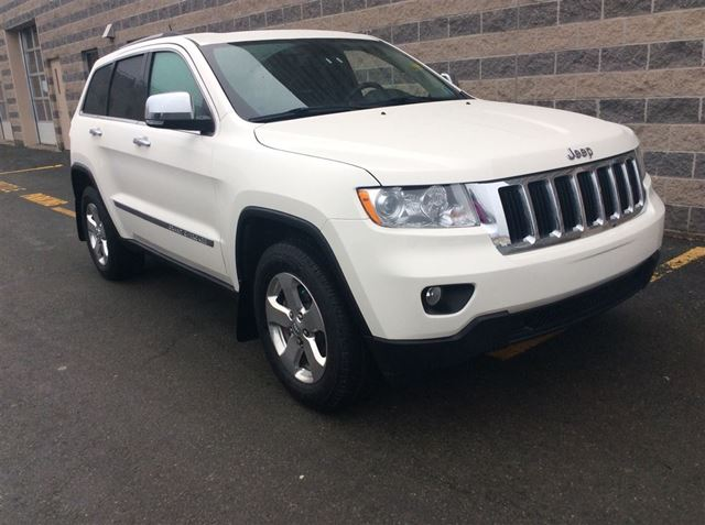 2012 JEEP GRAND CHEROKEE LIMITED/LEATHER/EXTRA TIRES/RIMS in Dartmouth, Nova Scotia