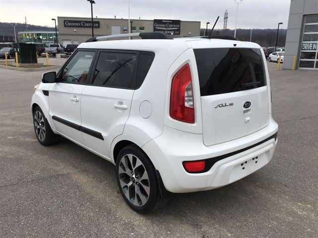 2013 kia soul 4u one owner grimsby ontario car for sale 2744887. Black Bedroom Furniture Sets. Home Design Ideas