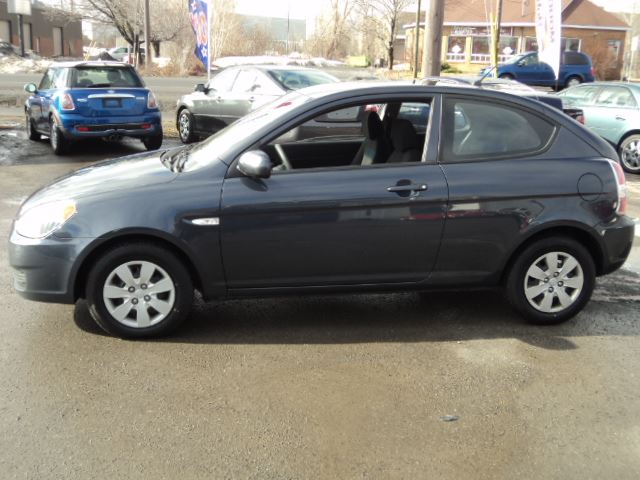2010 hyundai accent 2dhbk ottawa ontario car for sale. Black Bedroom Furniture Sets. Home Design Ideas