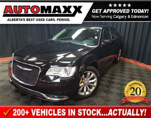 2016 CHRYSLER 300 Limited AWD w/Leather/Nav/Pano Roof! in Calgary, Alberta