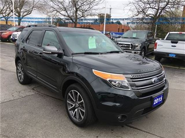 2015 Ford Explorer XLT AWD in Burlington, Ontario