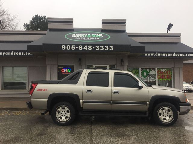 2003 Chevrolet Avalanche           in Mississauga, Ontario
