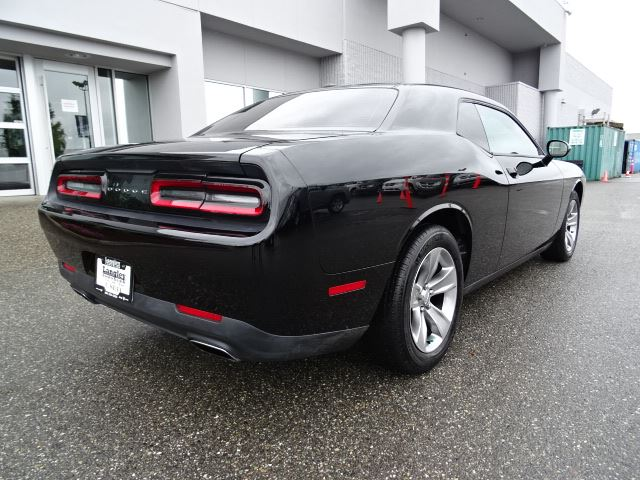 2016 dodge challenger sxt accident free w navigation bluetooth heated seats surrey. Black Bedroom Furniture Sets. Home Design Ideas
