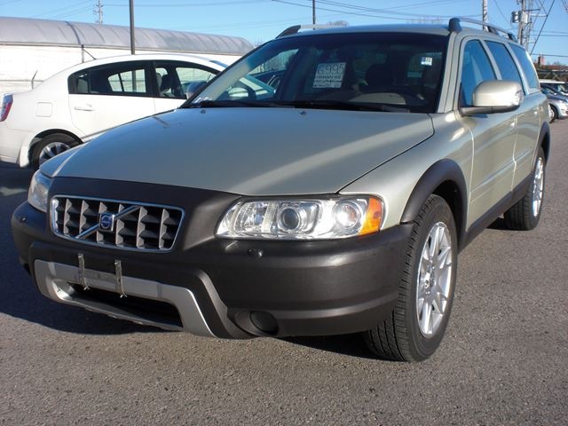2007 Volvo XC70 CROSS COUNTRY in London, Ontario