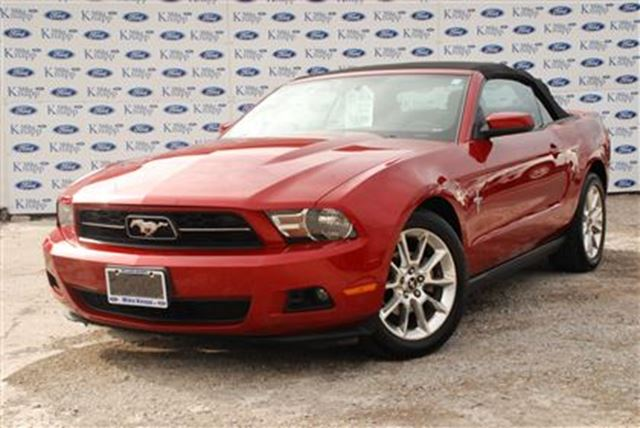 2010 Ford Mustang V6*Convertable*Manual*Leather in Welland, Ontario