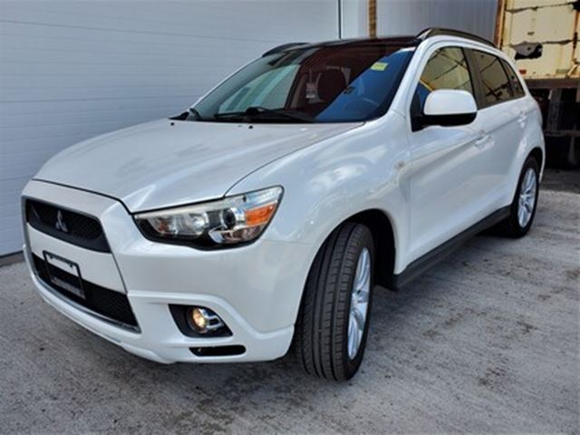 2011 MITSUBISHI RVR GT   AWD   SUNROOF   HEATED SEATS in London, Ontario
