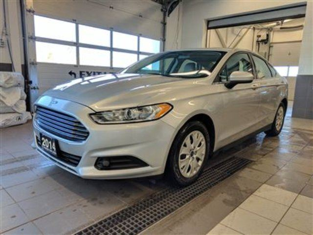 2014 FORD FUSION S - Remote start - bluetooth! in Thunder Bay, Ontario