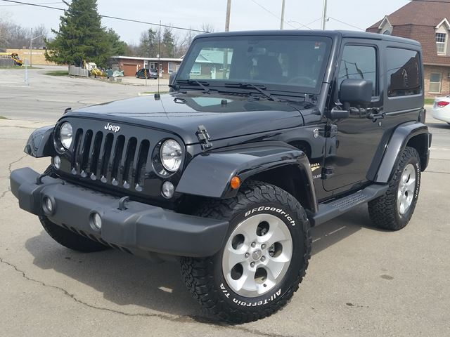 2014 Jeep Wrangler Sahara 4x4 in Fort Erie, Ontario