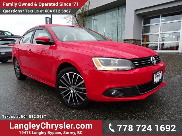 2014 VOLKSWAGEN JETTA 1.8 TSI Highline W/ LEATHER, SUNROOF & 5-SPEED MANUAL in Surrey, British Columbia