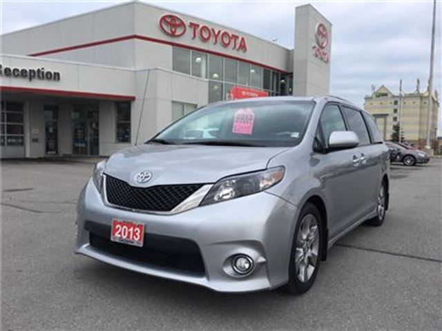 2013 Toyota Sienna SE Roof Alloys Power Doors in Bowmanville, Ontario