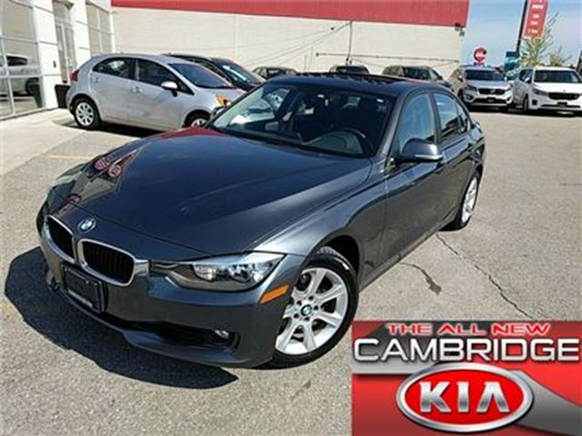 2013 BMW 3 SERIES 328 AWD SUNROOF LEATHER 1 OWNER in Cambridge, Ontario