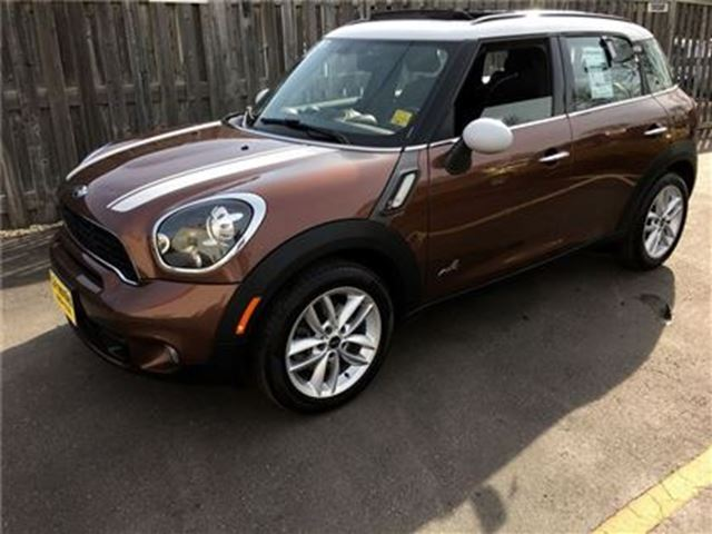 2013 MINI COOPER Countryman S ALL4, Automatic, Leather, Panoramic Sunroof, AWD in Burlington, Ontario