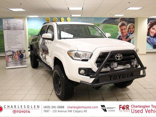 2016 Toyota Tacoma SR5 - LIFTED - WHEELS - BUMPERS in Calgary, Alberta