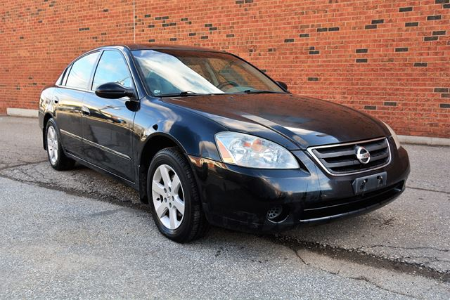 2002 nissan altima s brampton ontario car for sale 2751180. Black Bedroom Furniture Sets. Home Design Ideas