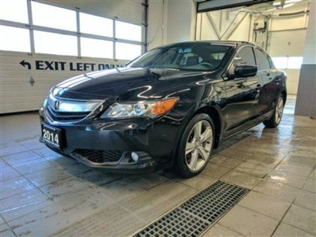 2014 ACURA ILX Tech - Navigation - Sunroof in Thunder Bay, Ontario