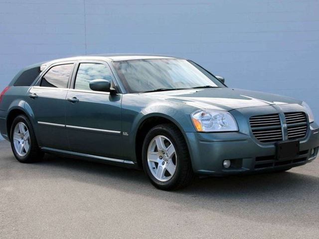 2006 DODGE MAGNUM SXT Rear-Wheel Drive Wagon in Kelowna, British Columbia