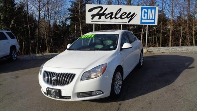 2011 BUICK REGAL CXL w/1SD in Sechelt, British Columbia