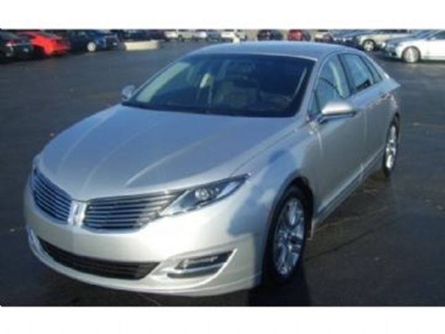 2014 LINCOLN MKZ FWD in Mississauga, Ontario