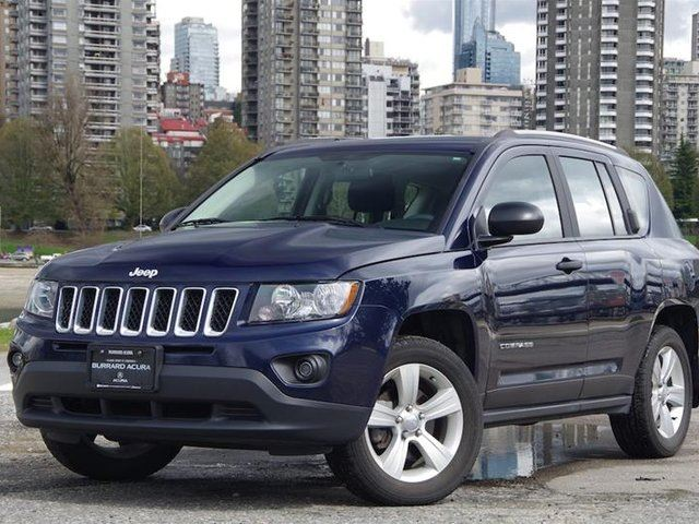2015 JEEP COMPASS 4x2 Sport / North in Vancouver, British Columbia