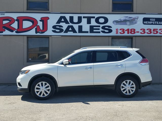 2014 NISSAN ROGUE S 1 OWNER ACCIDENT FREE. in Hamilton, Ontario