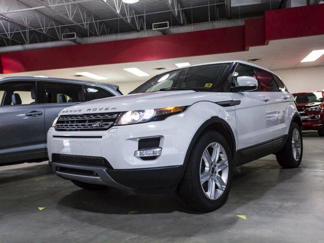 2013 LAND ROVER RANGE ROVER EVOQUE Pure, AWD, Navigation, Leather, Heated Seats, Panoramic Sunroof, Touch Screen, Back Up Camera, Push Button Start, Alloy Rims, Bluetooth in Edmonton, Alberta