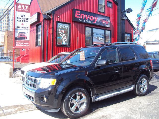 2010 FORD Escape LIMITED!!4WD!!LEATHER!!SUNROOF!!MINT! in Ottawa, Ontario