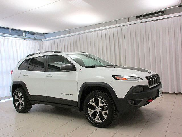 2016 JEEP CHEROKEE TRAIL HAWK 4x4 SUV w/ BLUETOOTH, BACK-UP CAM &  in Dartmouth, Nova Scotia