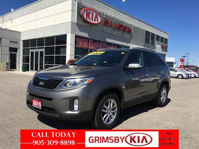 2015 Kia Sorento LX BEST IN ITS CLASS ON FUEL!! in Grimsby, Ontario