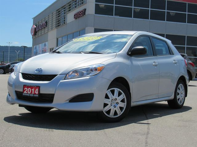 2014 Toyota Matrix GREAT FOR COMMUTING!! in Grimsby, Ontario
