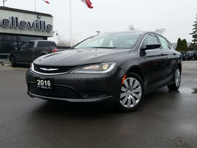 2016 Chrysler 200 LX-ABS AND TRACTION CONTROL in Belleville, Ontario