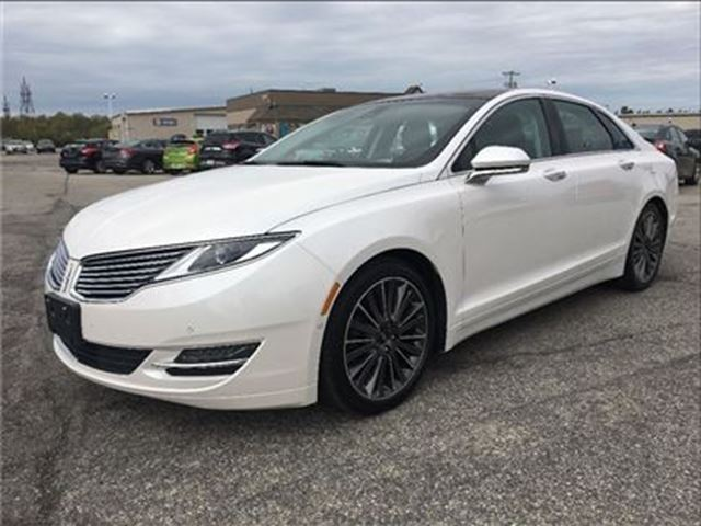 2015 LINCOLN MKZ CARPROOF CLEAN/NAV/HEATED-AC SEATS/MOONROOF in Fonthill, Ontario