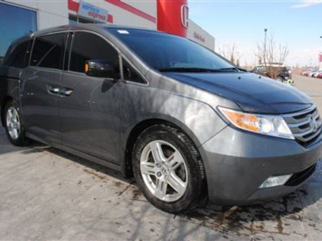 2012 Honda Odyssey Touring (A6) *C/S* in Airdrie, Alberta