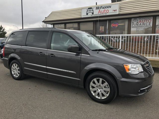 2016 Chrysler Town and Country Touring in Lethbridge, Alberta