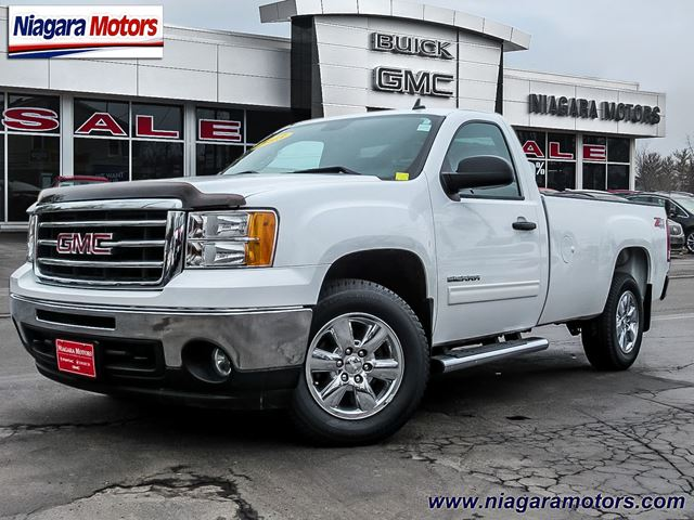 2013 GMC Sierra 1500 SLE 4WD - ** ONE OWNER! ** Purchased and traded in Virgil, Ontario