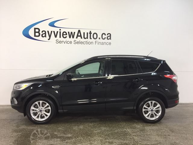 2017 FORD ESCAPE SE- 4WD! ECOBOOST! PANOROOF! SYNC! REV CAM! in Belleville, Ontario