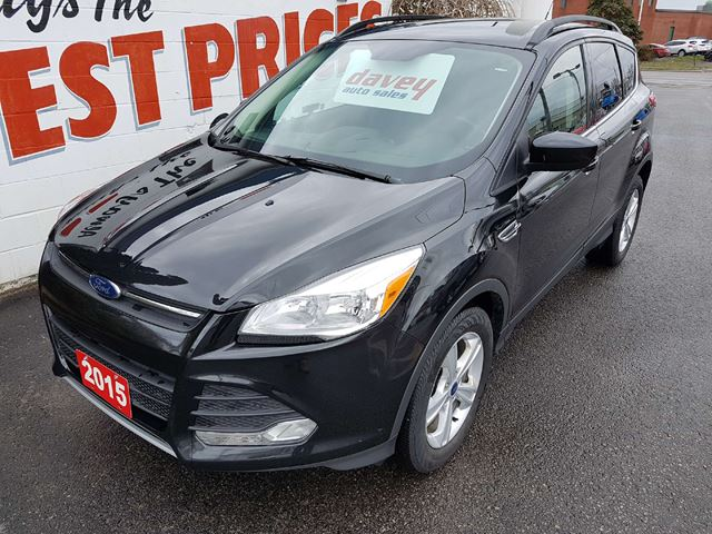 2015 FORD ESCAPE SE HEATED LEATHER SEATS, BACK UP CAMERA in Oshawa, Ontario
